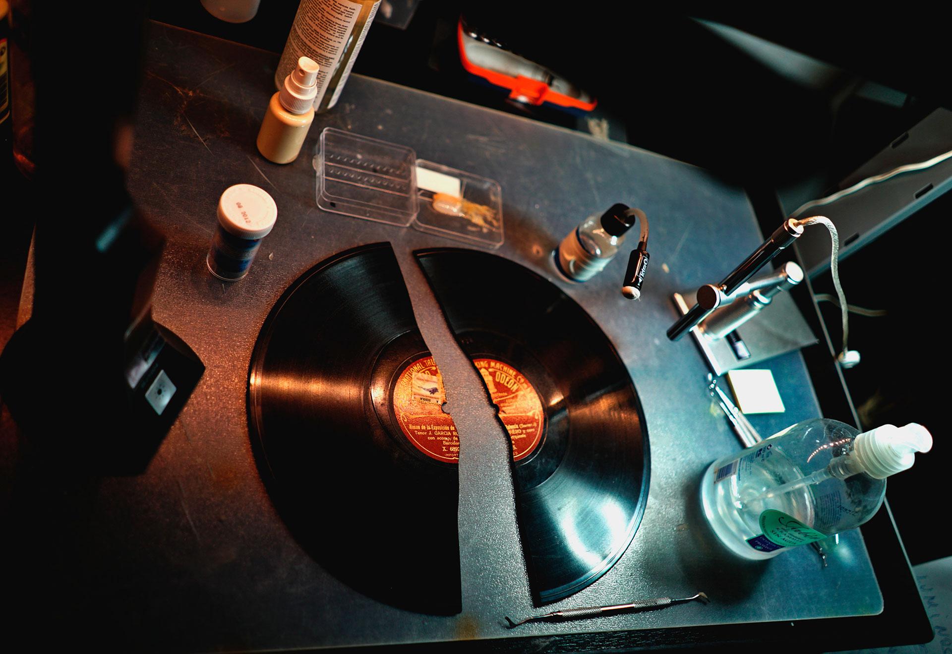 Reparación de disco de pizarra roto, broken shellac disc,